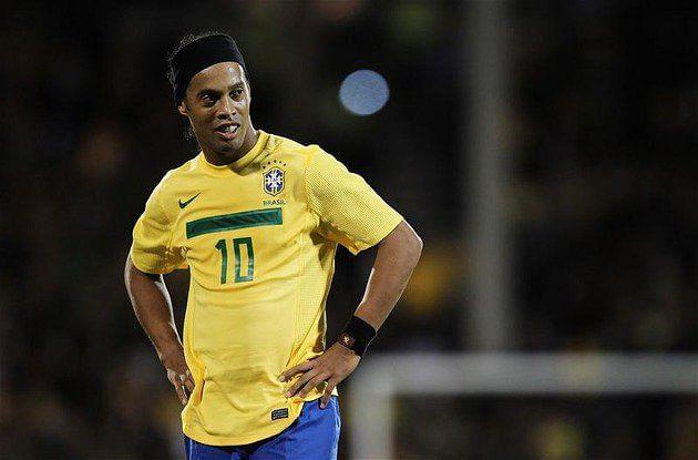 Neymar Vs Ronaldinho 2012 Past vs Present: Ronal...