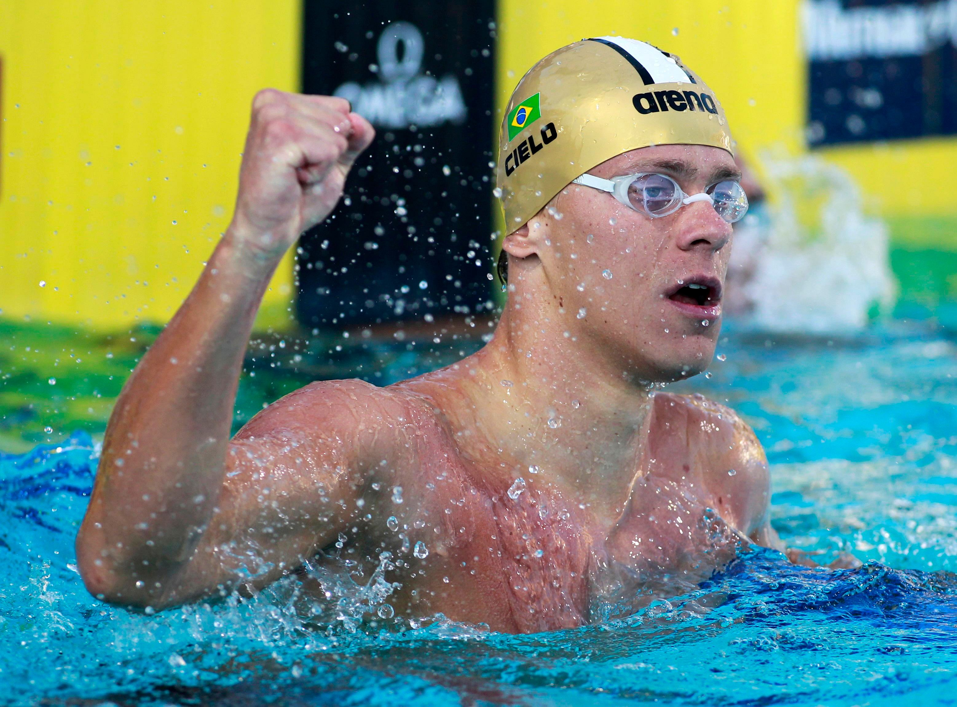 Cesar Cielo sets year's fastest time in 50m butterfly