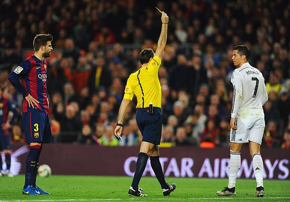 Video: Did Cristiano Ronaldo abuse referee Mateu Lahoz with obscene gesture during El Clasico?