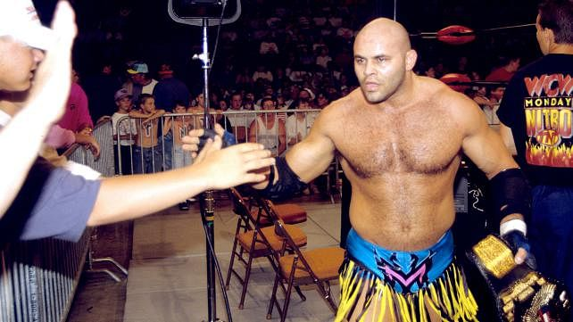 Konnan talks WWE punishing wrestlers who speak out, Lucha Underground locker room, more