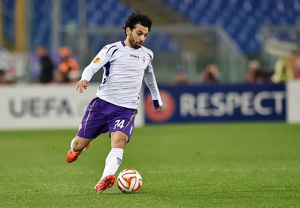 Video: Mohamed Salah goes on a brilliant run past entire Roma defence, hits the crossbar!
