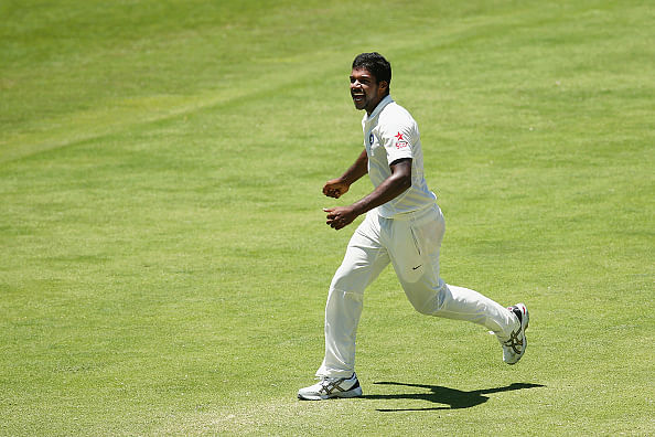 Irani Trophy 2014-15: Varun Aaron's 6-for blows Karnataka apart