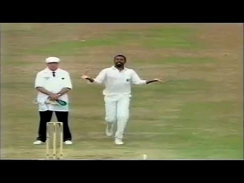 Video: Bowler almost \