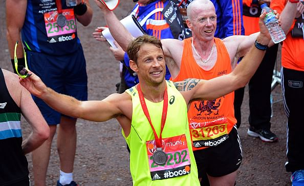 Jenson Button completes London Marathon