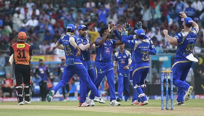 Lasith Malinga picks four wickets as Mumbai Indians beat Sunrisers Hyderabad