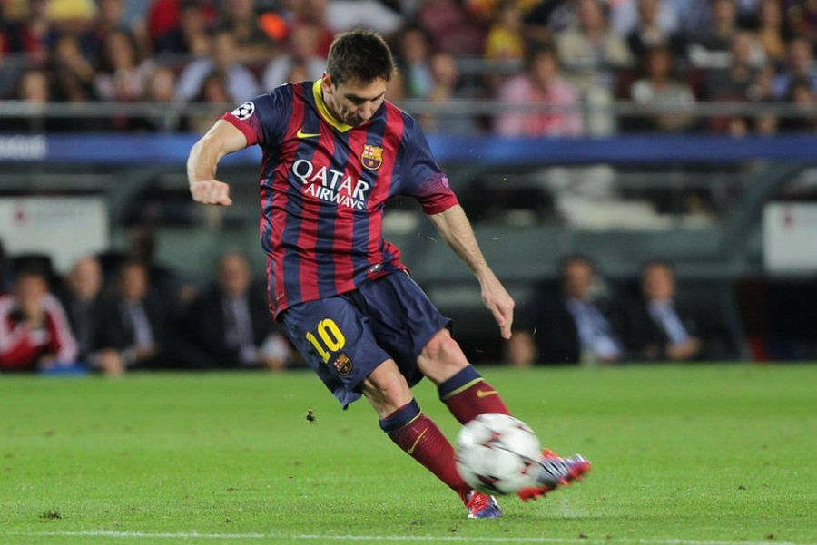Lionel Messi - Barcelona - 10 best free-kick takers in the world right now