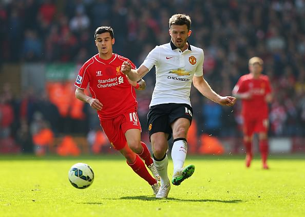 Former Liverpool player Jamie Redknapp likens Michael Carrick's role to Barcelona's Andres Iniesta