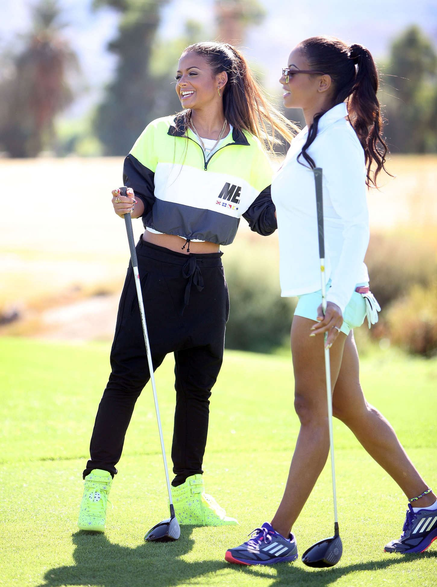 How ladies can stay fashionable on the golf course