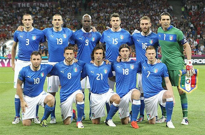 Feeling the blues - The sad decline of the Italian football team