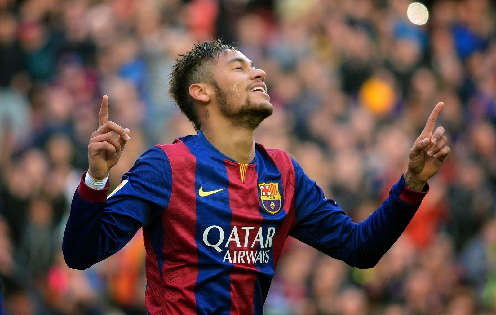 Neymar doing great at Barcelona, but yet to reach level of Messi and Ronaldo, says Seedorf