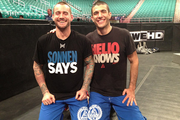 CM Punk demonstrates the Kimura, How was WWE SmackDown viewership?, WWE stock dips