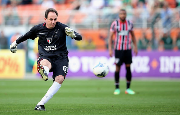 Rogerio Ceni - Sao Paulo - 10 best free-kick takers in the world right now