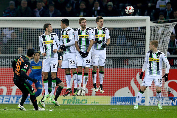 Zlatko Junuzovic - Werder Bremen - 10 best free-kick takers in the world right now