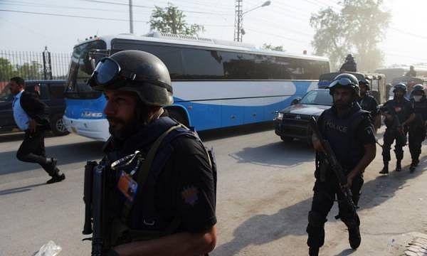 Reports: Zimbabwe tour of Pakistan on hold after suicide attack near Gaddafi Stadium