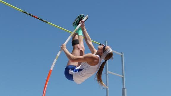 Charlotte Brown: Blind pole-vaulter wins bronze medal