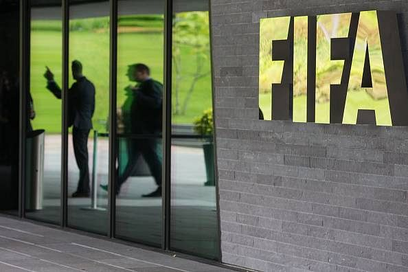 Arrested FIFA officials contesting extradition to United States
