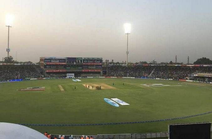 Four injured in power transformer blast outside Gaddafi stadium during Pakistan-Zimbabwe match
