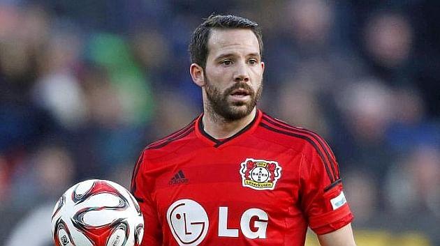 Gonzalo Castro moves to Borussia Dortmund from Bayer Leverkusen