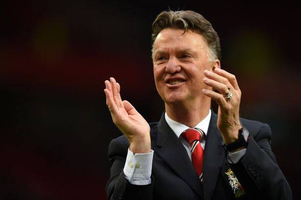 Louis van Gaal has to sit on the toilet in some small English dressing rooms