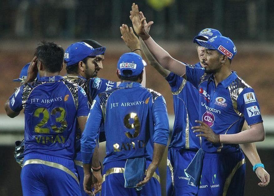 IPL 2015: Upbeat Mumbai Indians face Royal Challengers Bangalore challenge in IPL