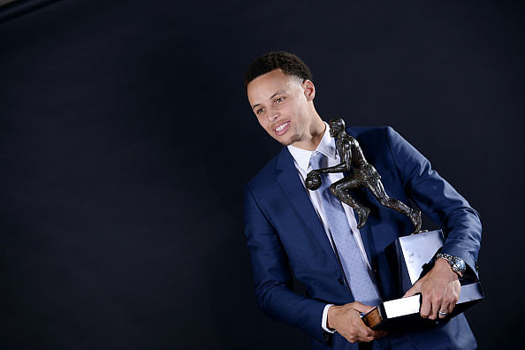 Stephen Curry proud of carrying on in his father's footsteps