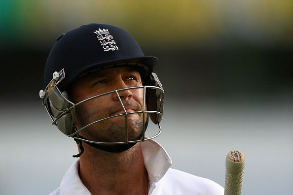 Jonathan Trott announces retirement from international cricket