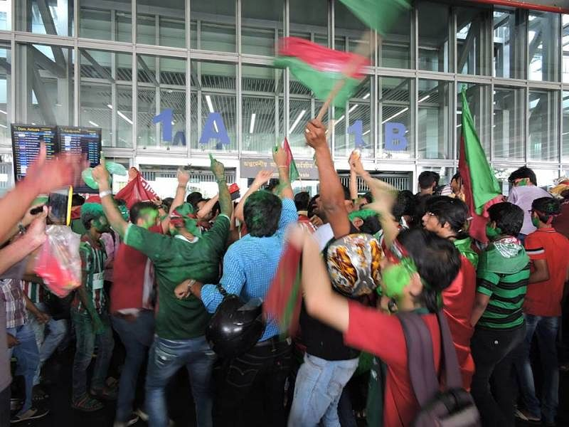An account of a Mohun Bagan supporter enjoying bright sunshine after 13 years of dark clouds