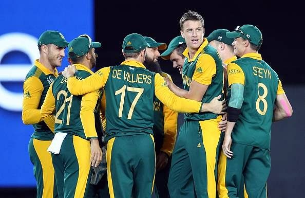 South Africa cricketers reach Bangladesh
