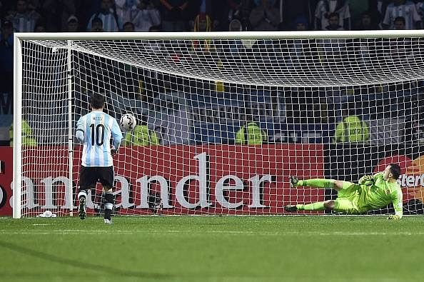 Highlights: Argentina beat Colombia 5-4 in penalty ...