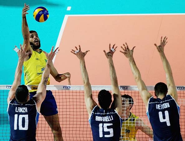 Brazil beats Italy 3-0 in Volleyball World League