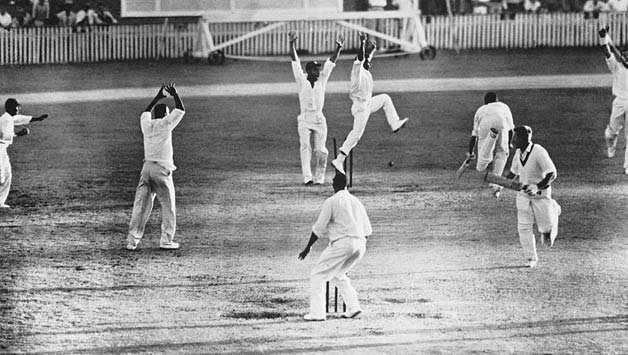 Right down to the wire: Top 5 most thrilling Test match finishes