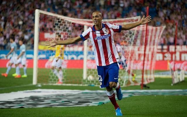 Atletico Madrid defender Miranda undergoes medical ahead of move to Inter Milan