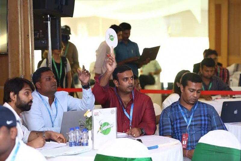 Karbonn Smart KPL 2015: Stuart Binny & A Mithun attract the highest bids in the Auction