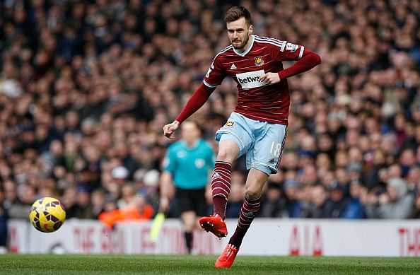 Arsenal extend Carl Jenkinson contract and loan him back to West Ham