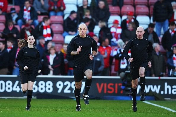 6 reasons why it is hard to be a referee in modern football