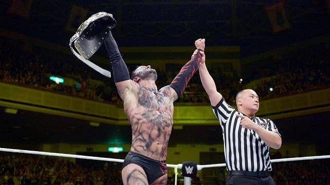 Video: John Cena, Cesaro and others congratulate Finn Balor, Balor does Bullet Club Gesture
