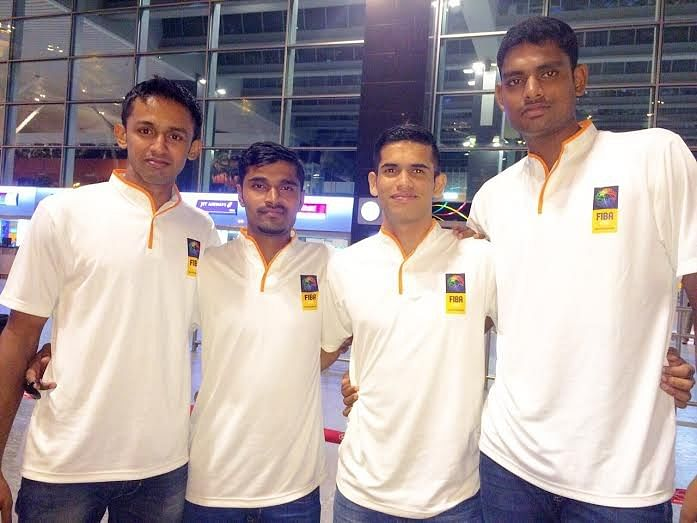 Indian Men's Basketball team lands in Colombo for the 3x3 South Asian Qualifiers 2015