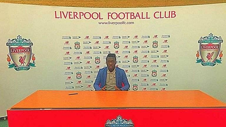 Liverpool signs 16-year old Barcelona wonderkid Boddy Adekanye