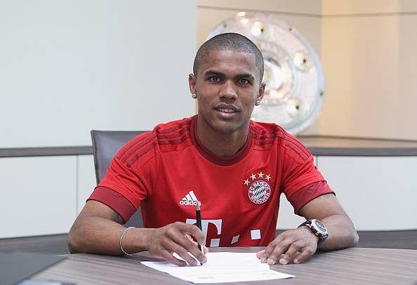 Bayern Munich complete the signing of Shakhtar Donetsk forward Douglas Costa