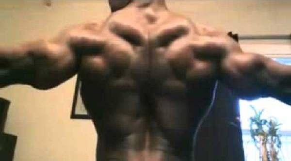 Grenada PM bodyguard captures bodybuilding title