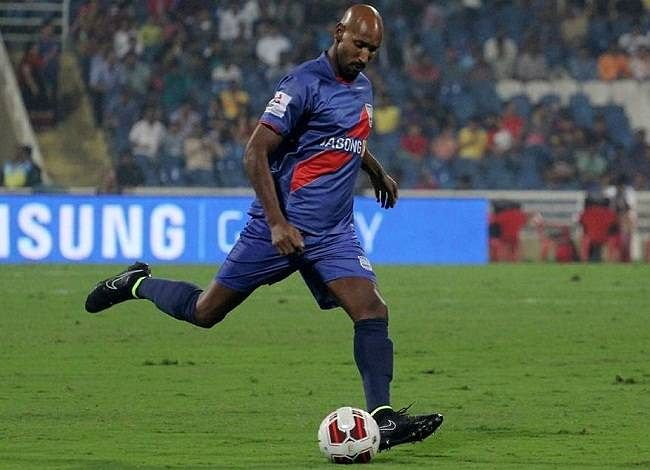 ISL: Mumbai City FC announces Nicolas Anelka as marquee Player-Manager for 2015