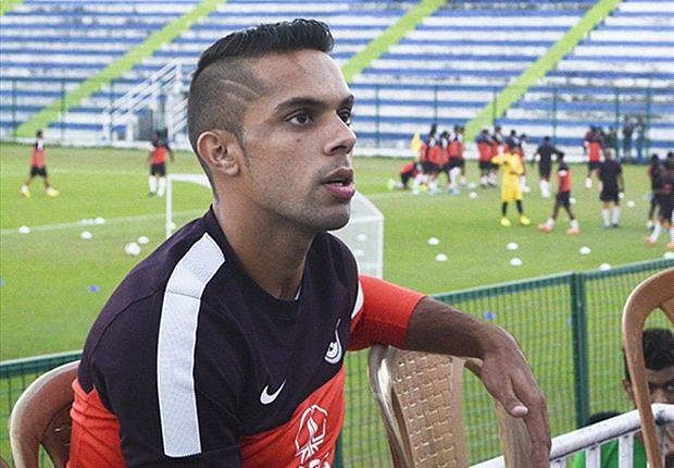 Interview with Robin Singh: I hope to play under Roberto Carlos in 2015 ISL