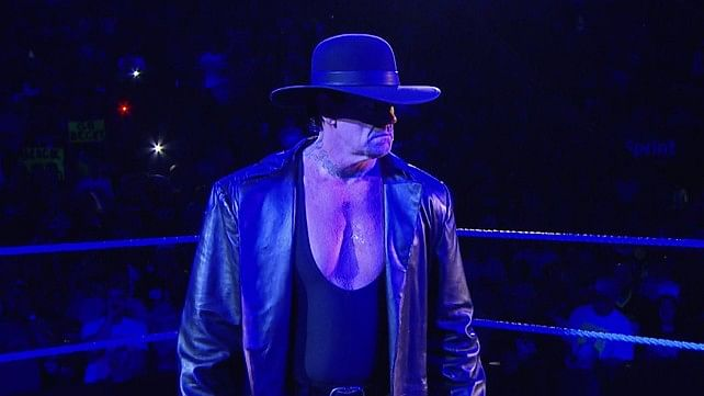 Undertaker to work live event at Mexico, young fan to sign WWE contract on RAW