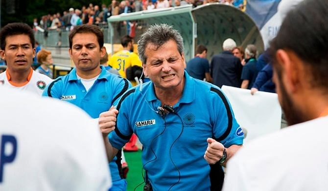 Reports: Hockey India President Narinder Batra confronts coach Paul van Ass