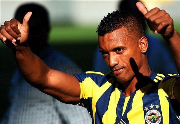 Video: Nani scores wonderful injury time free-kick to win game for Fenerbahce