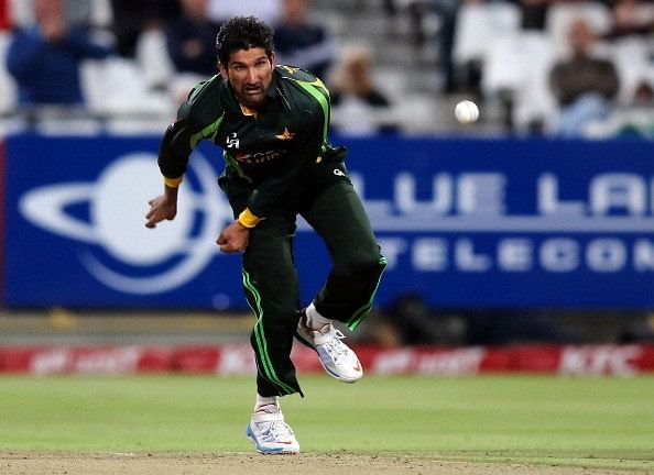 5 cricketers who were equally comfortable bowling pace and spin