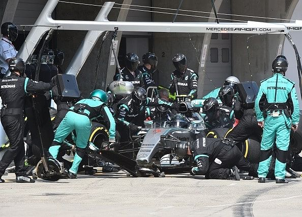 5 most iconic pit stops in Formula 1