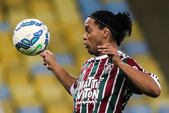 Ronaldinho off to winning start for Fluminense