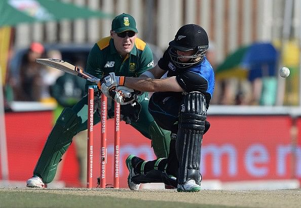 New Zealand canter to victory in 2nd ODI against South Africa to level series