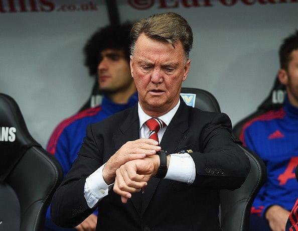 Louis van Gaal won't panic buy following Manchester United's loss